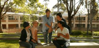 Polonya Üniversitelerinde Dil Hazırlık Eğitimi